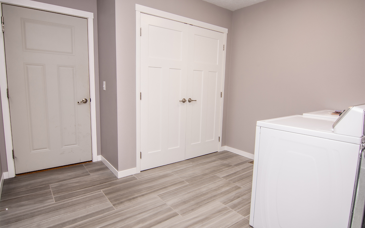 2416 7th Street_laundry