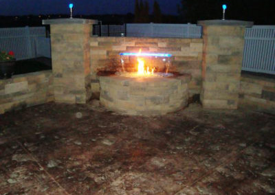 Patio-Pavers-With-Fire